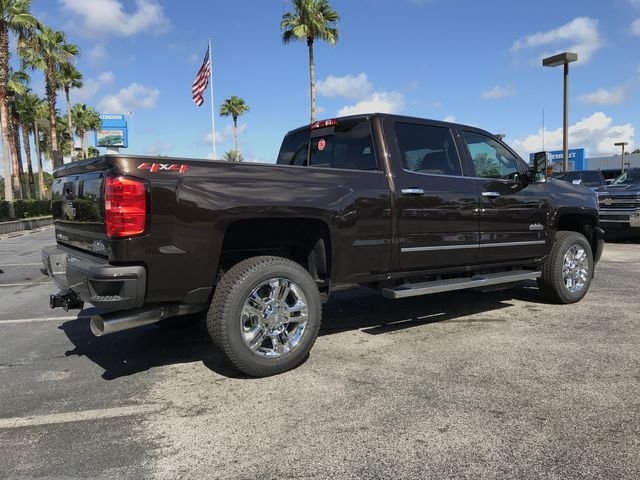 New 2019 Chevrolet Silverado 2500hd High Country Crew Cab Pickup In