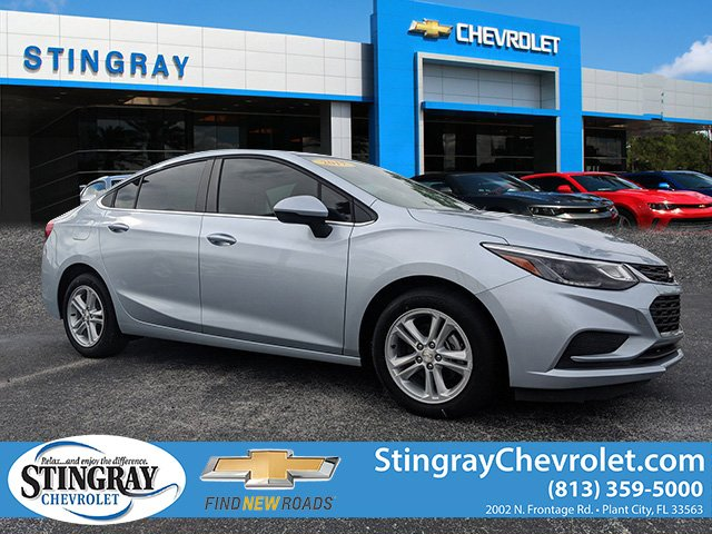 New 2017 Chevrolet Cruze LT Sedan